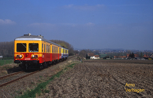 1997. TSP 4333 en NMBS 4401 te Dergneau