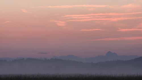 summer mist mountains landscape dusk slovenia gore slovenija triglav julianalps megla zarja julijskealpe cerkniškopolje