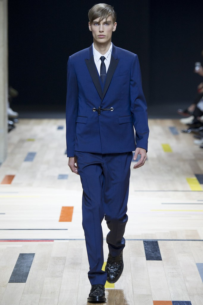 SS15 Paris Dior Homme003_Marc Schulze(VOGUE)