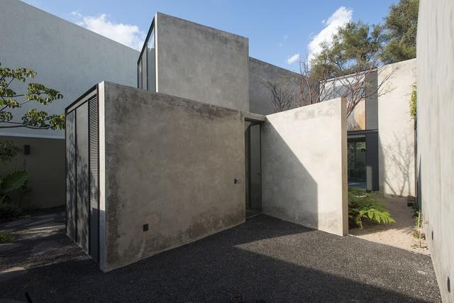 2014-6-PradoHouse-Prado House (2)