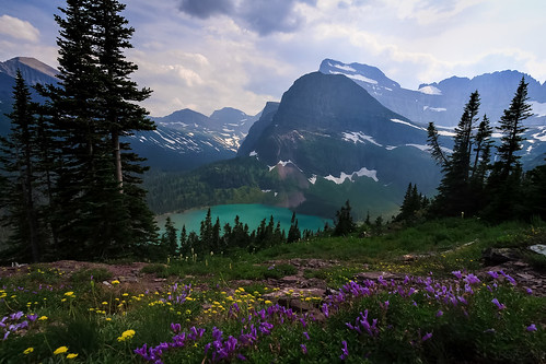 Grinnell Lake overlook