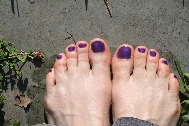 purple pedi