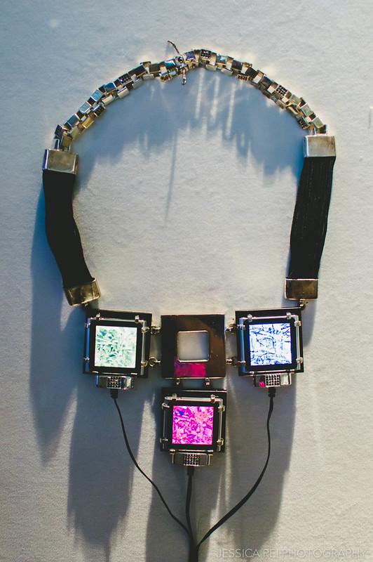 electronic jewel necklace