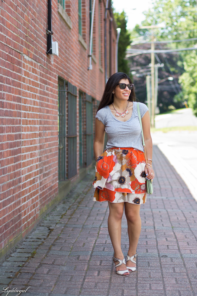 grey tee, floral skirt, mint bag-1.jpg