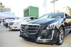 automobile(1.0), automotive exterior(1.0), executive car(1.0), cadillac(1.0), wheel(1.0), vehicle(1.0), cadillac xts(1.0), automotive design(1.0), cadillac cts(1.0), bumper(1.0), land vehicle(1.0), luxury vehicle(1.0),