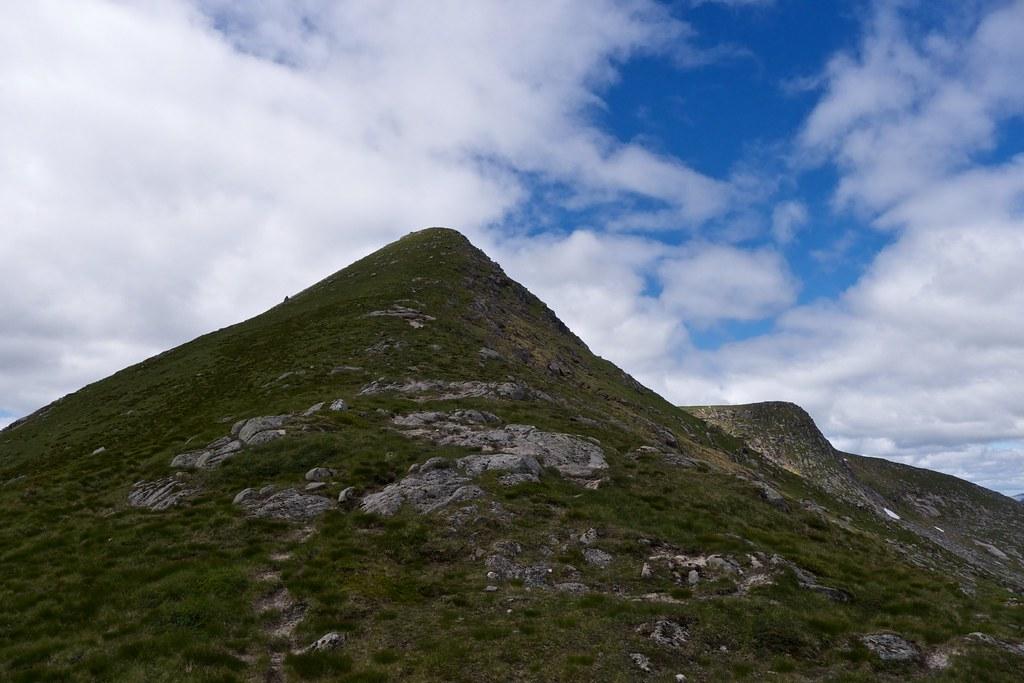 On the east ridge of Stob Coir'an Albannaich