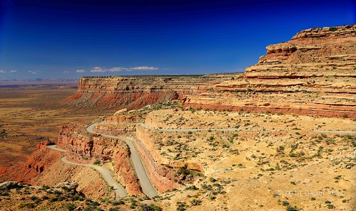 utah unitedstates trail ancients moki mexicanhat dugway