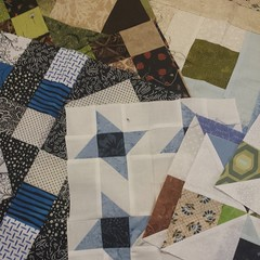 Lovely #orphanblocks from Cat Magraith. I collect them until I have a nice combination for a quilt top for #TheLinusConnection. Thanks, Cat! #blanketcharity