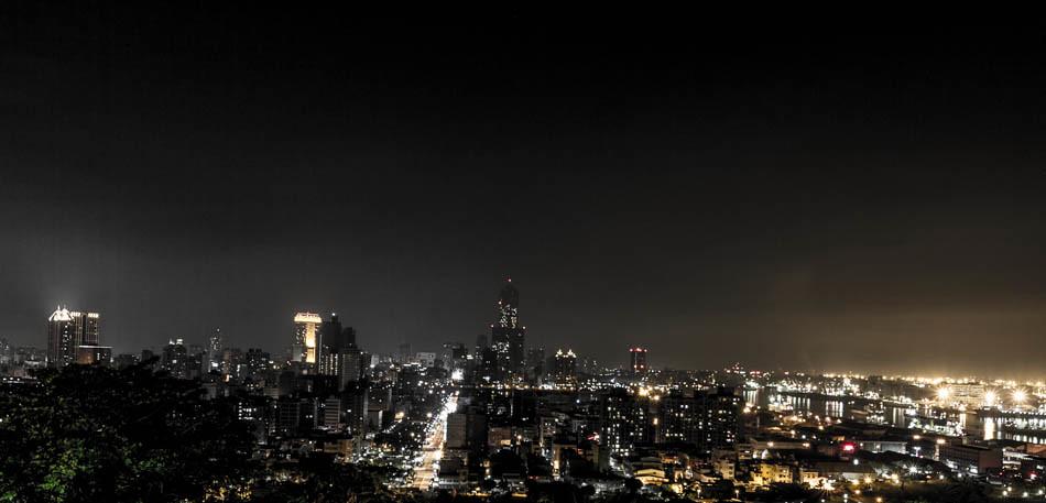 高雄壽山忠烈祠夜景