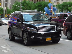 infiniti qx70(0.0), automobile(1.0), automotive exterior(1.0), sport utility vehicle(1.0), wheel(1.0), vehicle(1.0), infiniti qx80(1.0), compact sport utility vehicle(1.0), grille(1.0), bumper(1.0), infiniti(1.0), land vehicle(1.0), luxury vehicle(1.0),