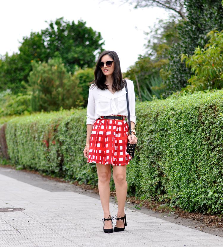 Red Skirt_05