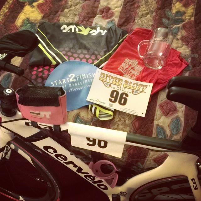 The infamous race ready photo!! #riverblufftri #triouradventure #triathletesarecrazy @smashfestqueen @cervelo