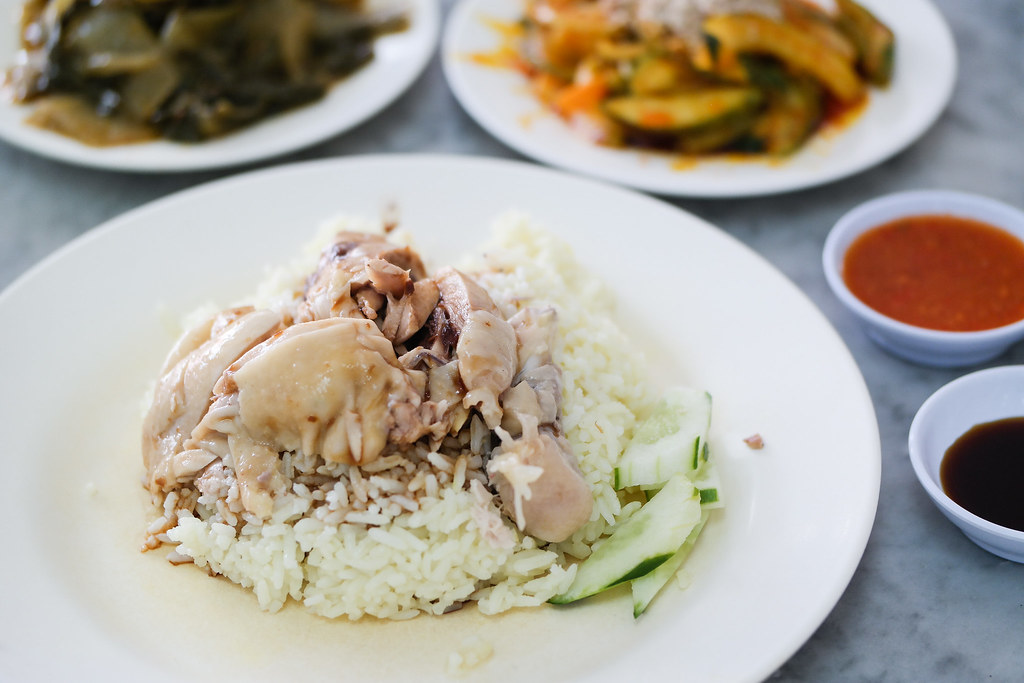 Ipoh Food Guide: Restoran Ayam Nasi Pak Kong's Chicken Rice in a plate