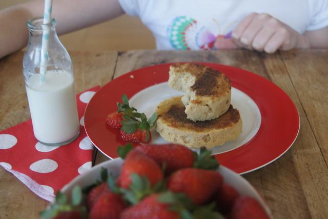 Gluten free English muffins DSC00156