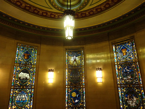 04g - Stained glass at Freemasons Hall