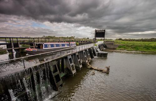 nikon sigma aqueduct longboat 1020mm southyorkshire riverdon kirkbramwith newjunctioncanal thewhippet d3100 canalandrivertrust riverdonaqueduct