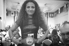 Amira Hamzaoui entthront WBC Silver und WBF Fliegengewichts-Weltmeisterin Raja Amasheh