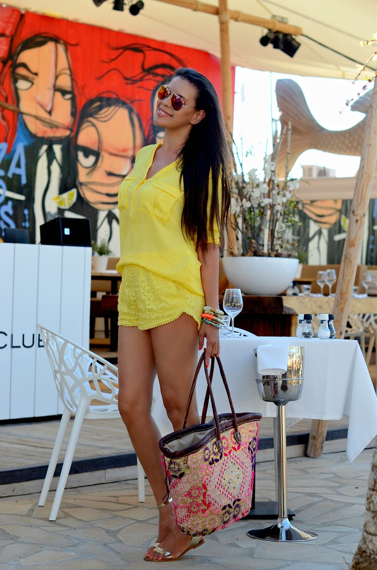 DSC_2773 zara yellow shorts, Zara yellow shirt, Ibiza, harbourclub