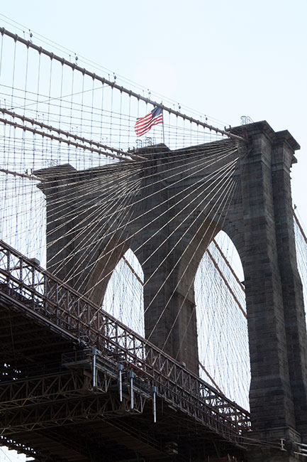 Brooklyn-Bridge_Flag
