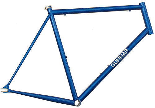 <p>Gunnar Street Dog in Gunnar Blue w/Bullseye Decals for road fixie or single speed riding.</p>