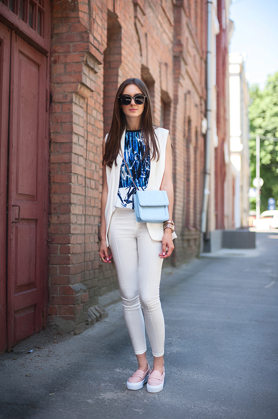 fashion_blogger_ukraine_art_prints_trends_outfit_pastel_bag_total_white_4