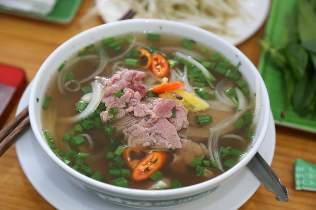 Pho with mixed beef at Phở Đệ Nhất (Võ Tuấn)