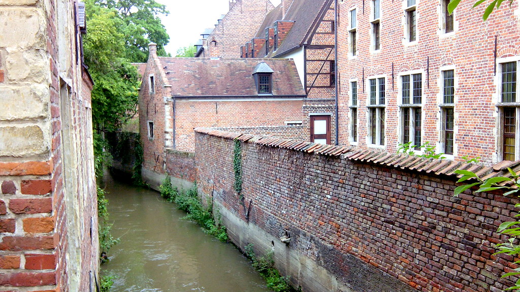 grand-beguinage-louvain.jpg