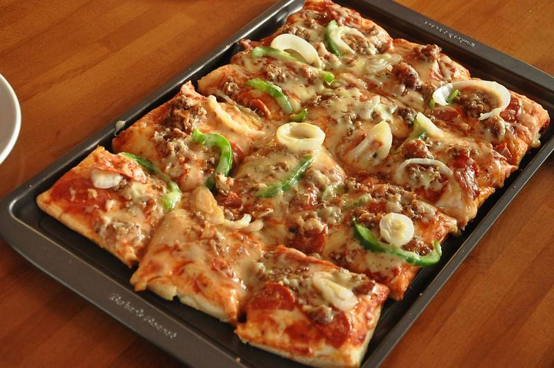 La Luna Grill Pizza