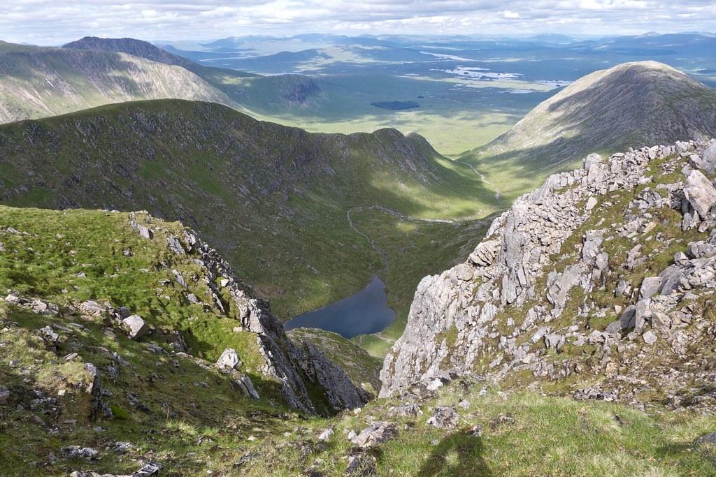 Into Coire Lochain