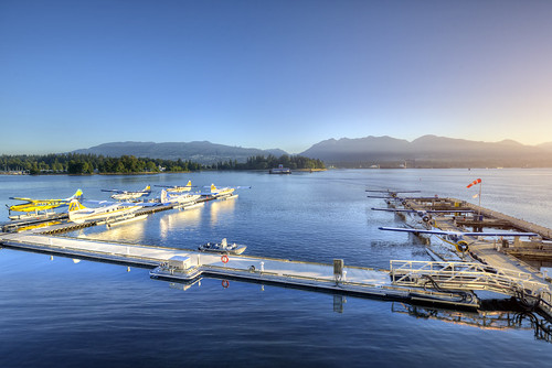 morning sea canada mountains vancouver plane sunrise britishcolumbia aircraft harbourair seaplane nikond800
