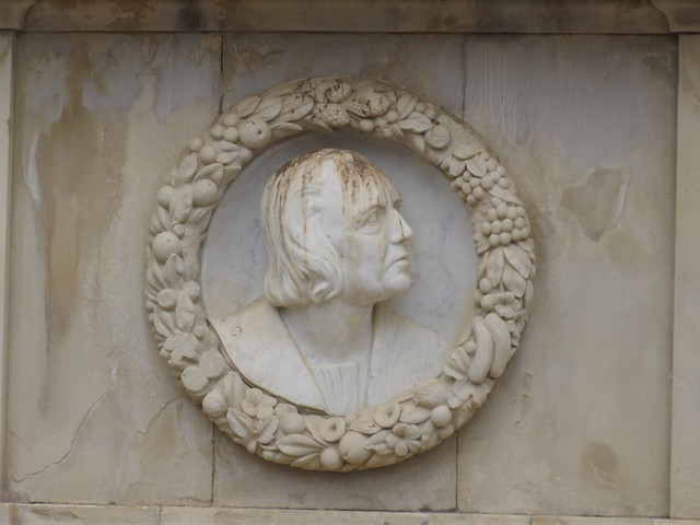Los Jardines de Murillo - Seville - Monument to Christopher Columbus - bust from Flickr via Wylio