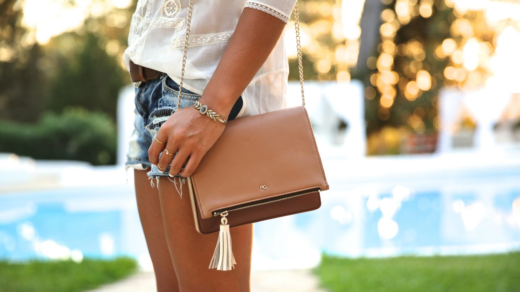 trendy_taste-look-outfit-street_style-ootd-blog-blogger-fashion_spain-moda_españa-boho-hippie-denim_shorts-shorts_vaqueros-blusa-blouse-mas34-pg-ibiza-sa_talaia-4