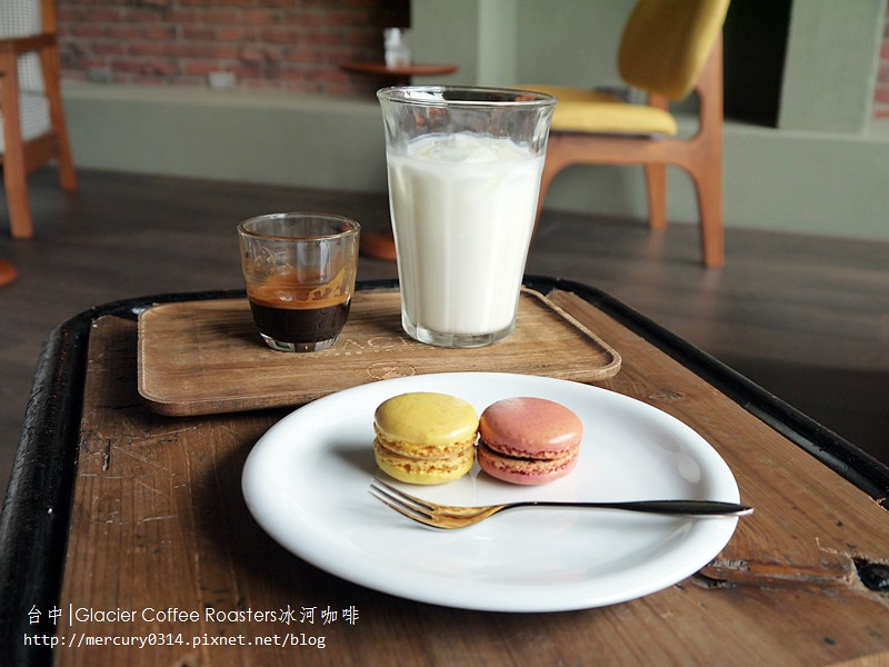 14820646689 d32b5ae789 b - 熱血採訪。台中西屯【冰河咖啡Glacier Coffee Roasters】喝得到第三波北歐咖啡浪潮的咖啡館,手沖咖啡義式咖啡甜點都好棒