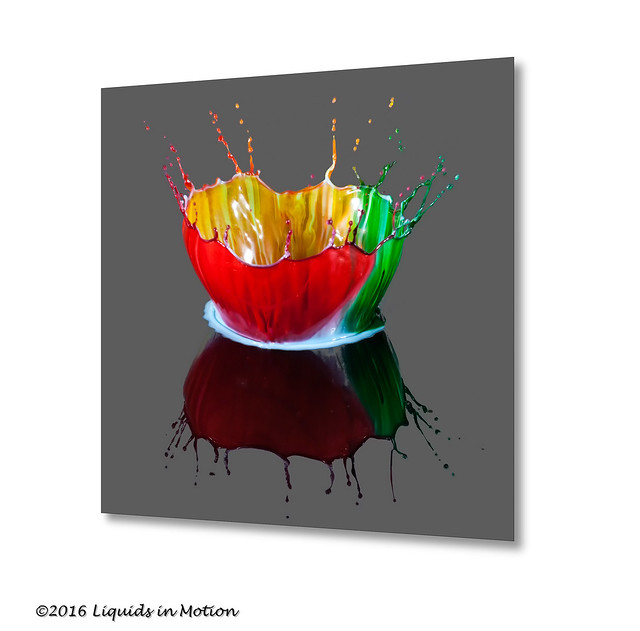 Three Color Crown #7502 | ©2014 - LiquidsinMotion.us.com