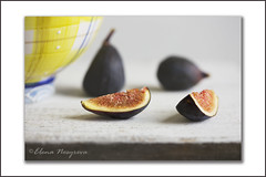 figs and a yellow bowl
