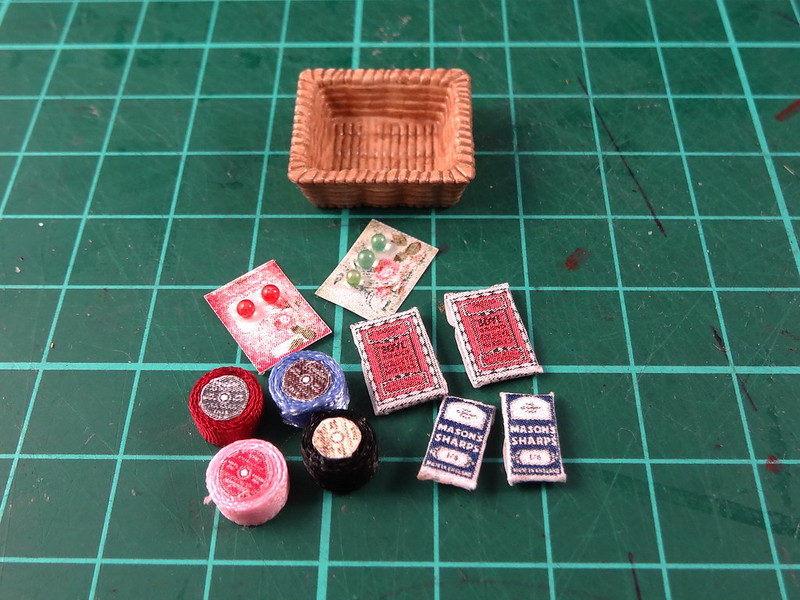 Sharps, buttons and ribbon