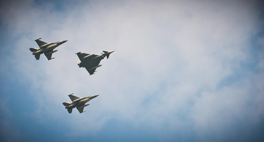 Nato Summit: Military flypast