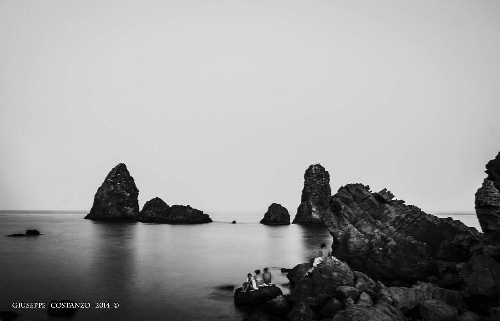 Acitrezza in Black and White...