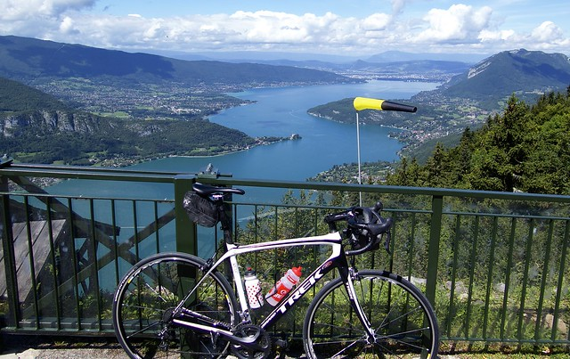 Annecy with the bike