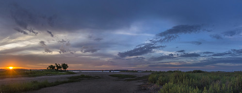beach connecticut dawn longislandsound originalnef stitch summer sunrise westhaven johnjmurphyiii panorama 06516 usa cloudsstormssunsetssunrises cloudscape weather nature cloud watching photography photographic photos day sky theme light dramatic outdoor color colour