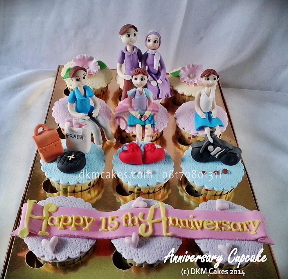 pesan cupcake jember, toko cupcake jember, DKM Cakes Jember