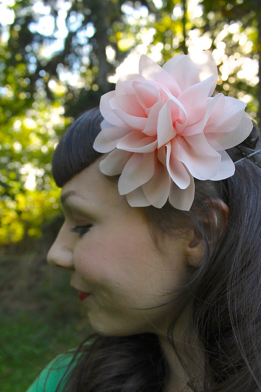 Retro hair flower
