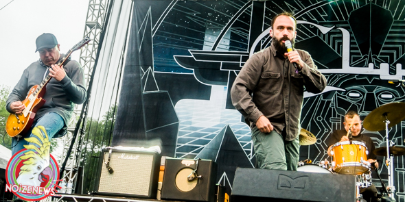 clutch at riot fest