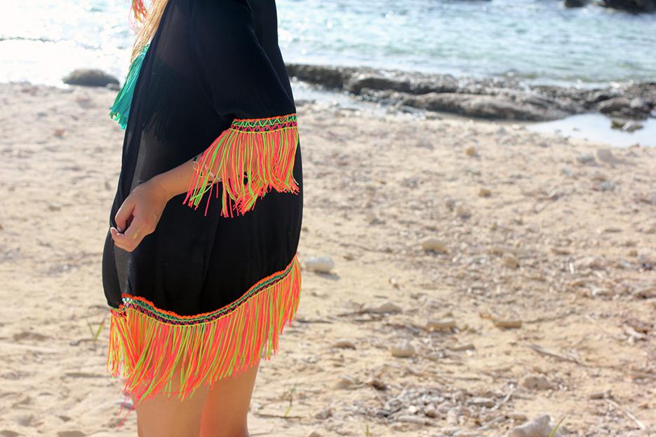 POSE-beach-dance-8