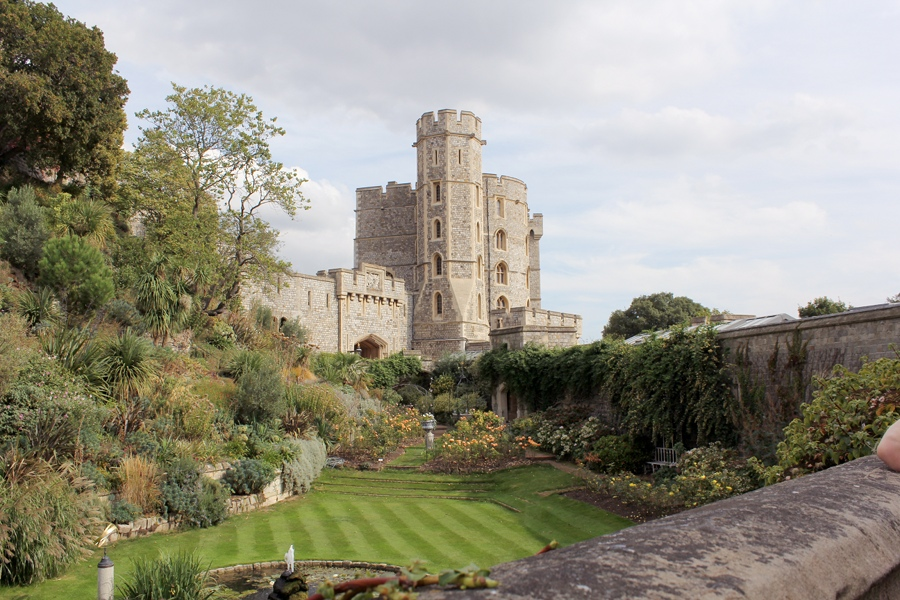 london-windsor-castle-queen