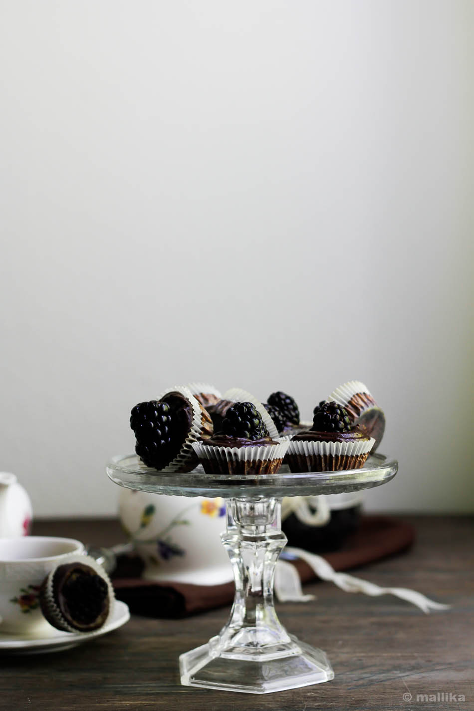 Blackberry Brownie Cupcakes_5
