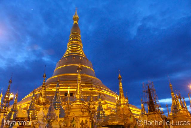Shwedagon Pagoda-17