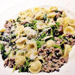 broccoli(0.0), produce(0.0), pasta salad(1.0), vegetable(1.0), pasta(1.0), leaf vegetable(1.0), food(1.0), dish(1.0), carbonara(1.0), cuisine(1.0),