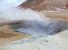 spring(0.0), volcanic crater(1.0), body of water(1.0), geyser(1.0), geology(1.0), volcanic landform(1.0),