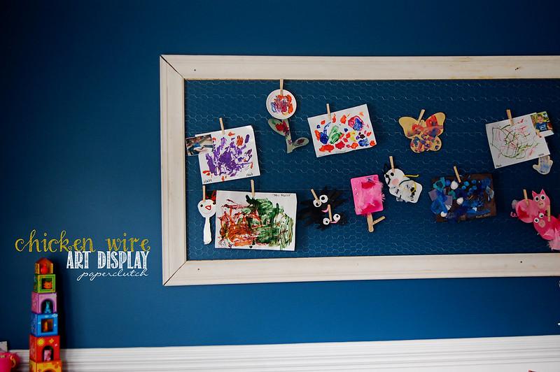 Kids art display - chicken wire